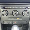 VW Beetle Cabriolet 1.4 TSI Design Mittelkonsole