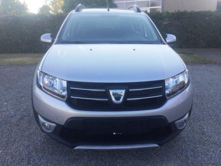 Dacia Stepway Prestige Sandero II - vorn