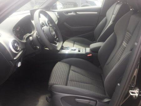 Audi A3 1,5 TSI Sportback - innen vorn