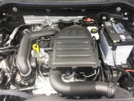 Skoda Karoq 1,0 TSI Ambition - Motorraum